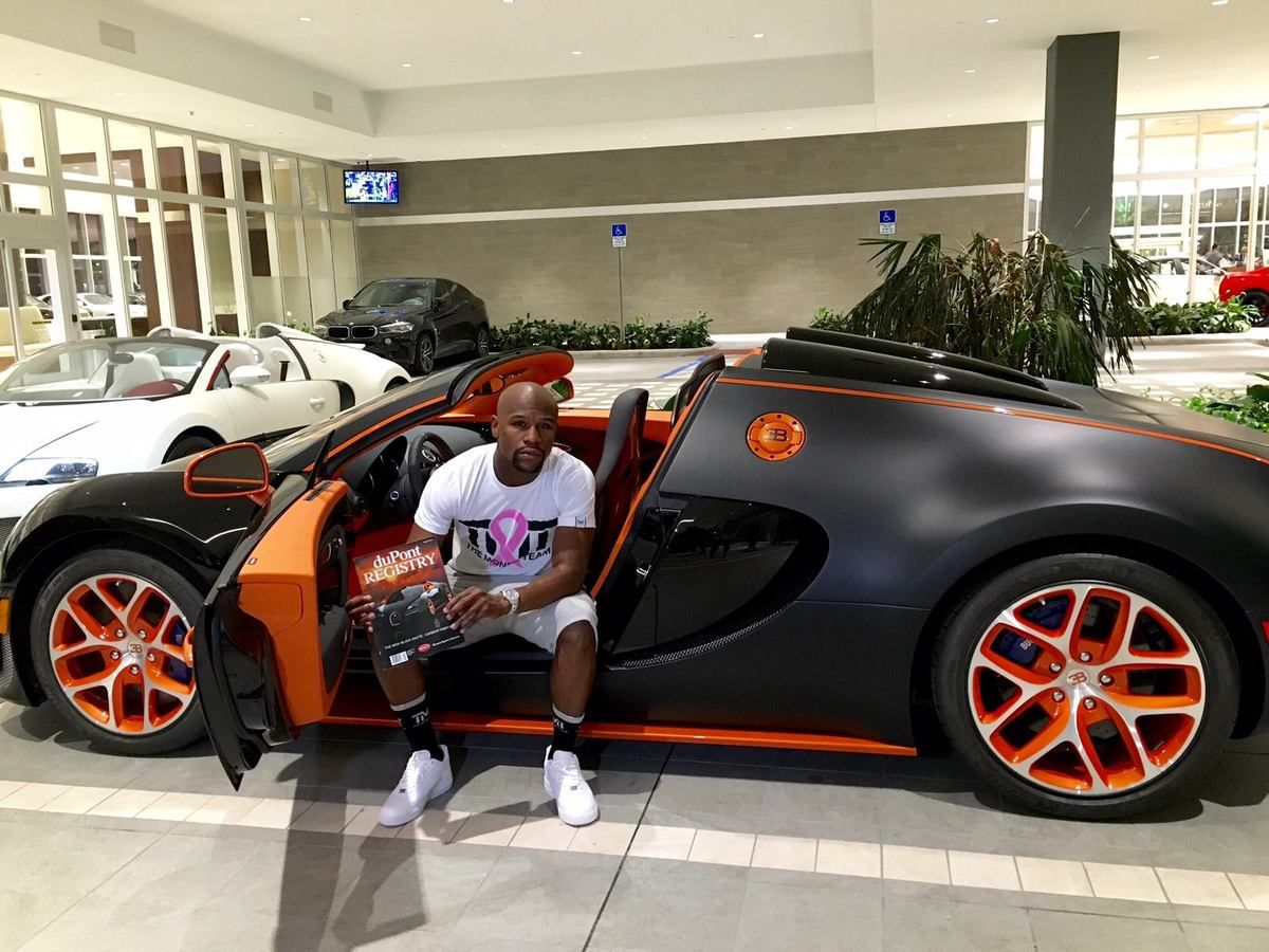 bugatti chiron floyd mayweather a d j command la sienne. Black Bedroom Furniture Sets. Home Design Ideas