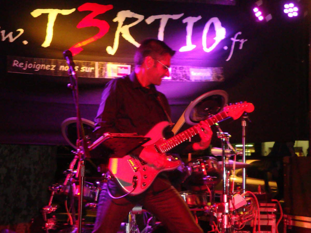 T3RTIO concert pop rock du 26 sept 2015 à Manosque