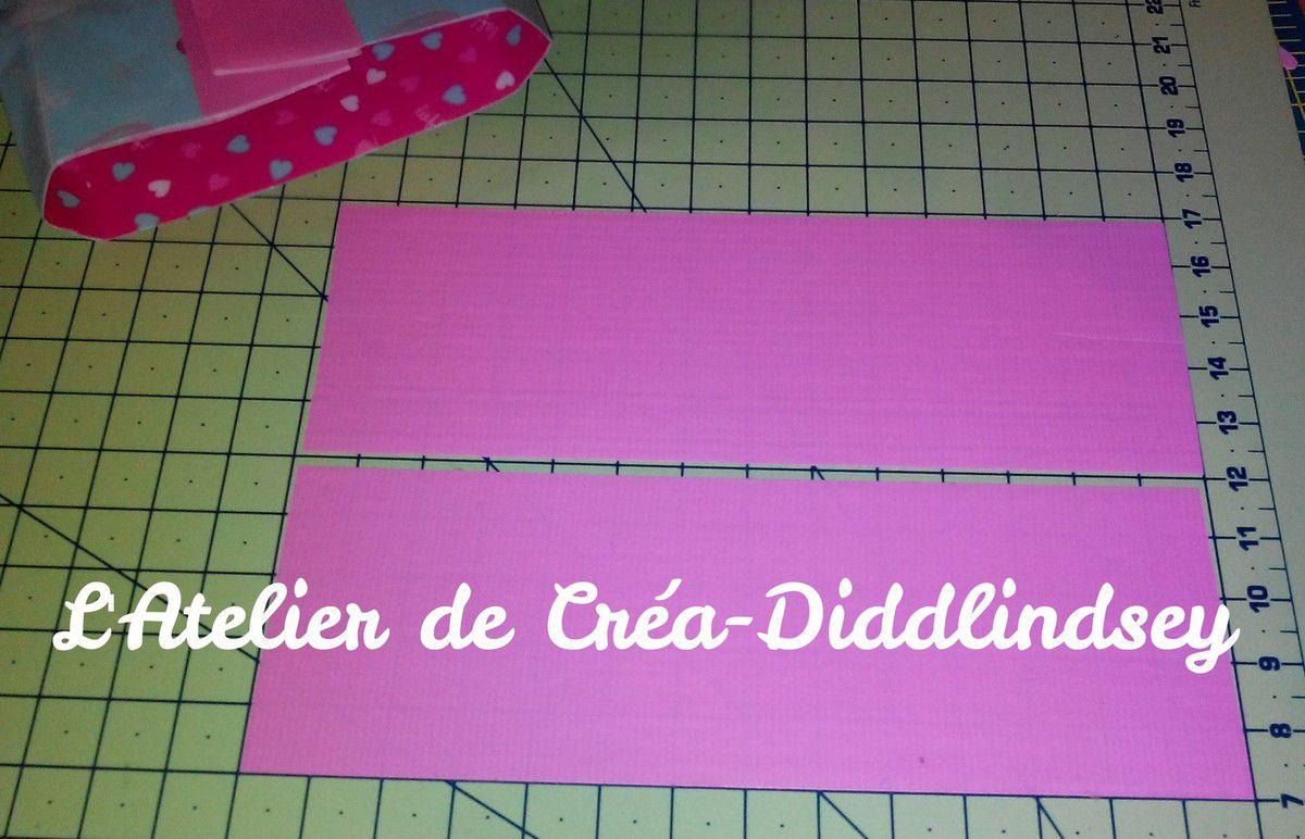 Pour finir découper de bandes d'environ 15 cm de couleur rose