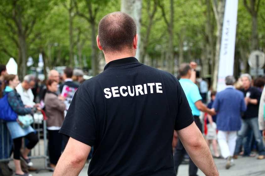 URGENT: Le CNAPS recommande la création d'agent de surveillance renforcée armés (ASR)
