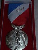 20 agents de sécurité reçoivent la médaille de la sécurité intérieure (Argent - Agraphe attentat de novembre 2015)