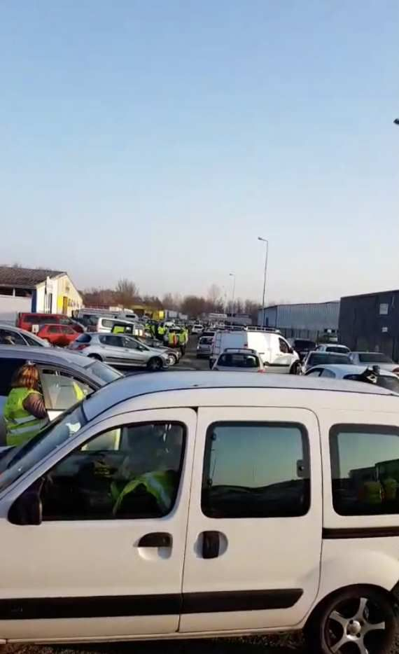 Operation Gilet Jaune Journee Blocage Le 17 Novembre 2018 Contre La
