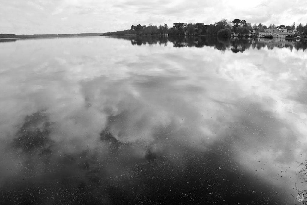 Les eaux calmes sont les plus profondes...