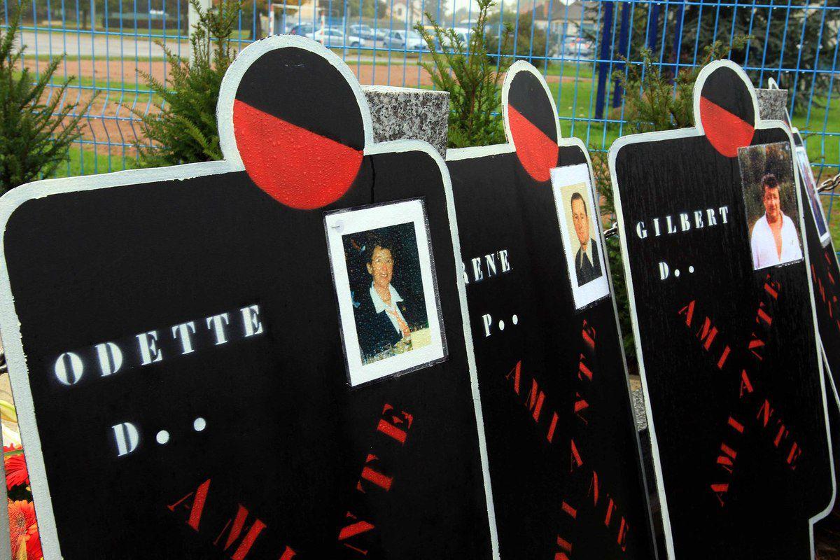 Caper Bourgogne : inauguration de deux stèles en hommage aux victimes du travail et de l'amiante