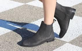 Chelsea boots !