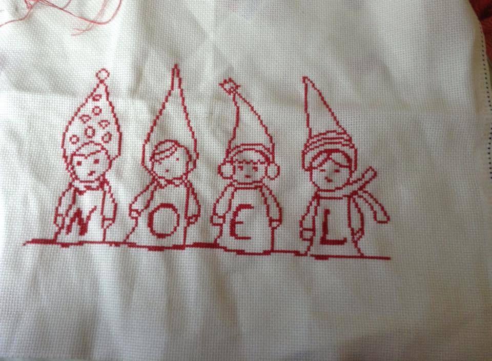 Vos réalisations : Enfants lutins de Noël par Elisabeth