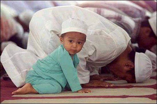 Anis, Musulman (1 an après)