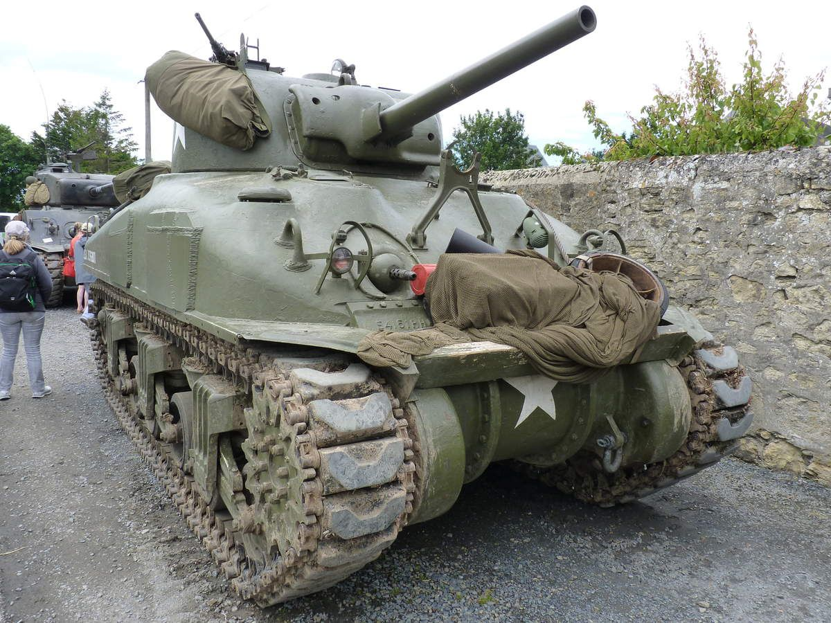 D-Day tanks and the FURY - Tanks et panzers