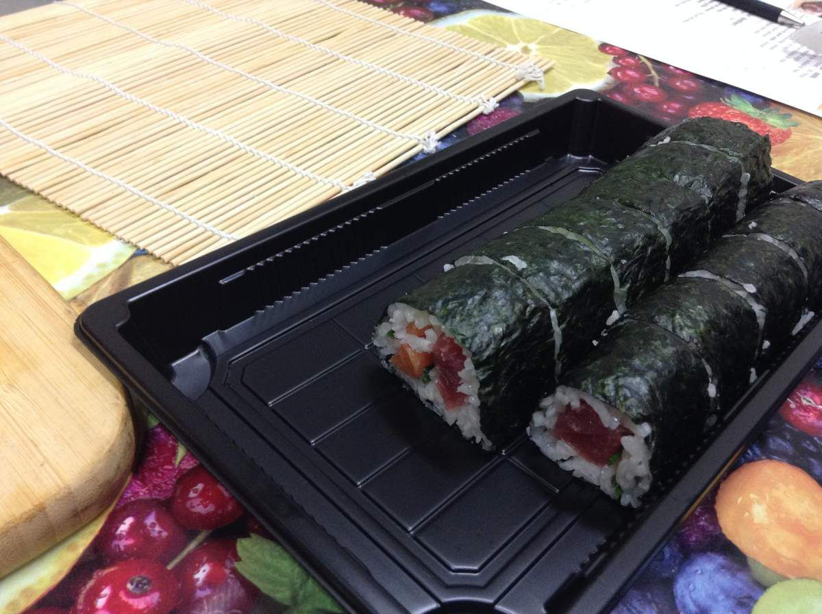 Un maki normal et un futo maki