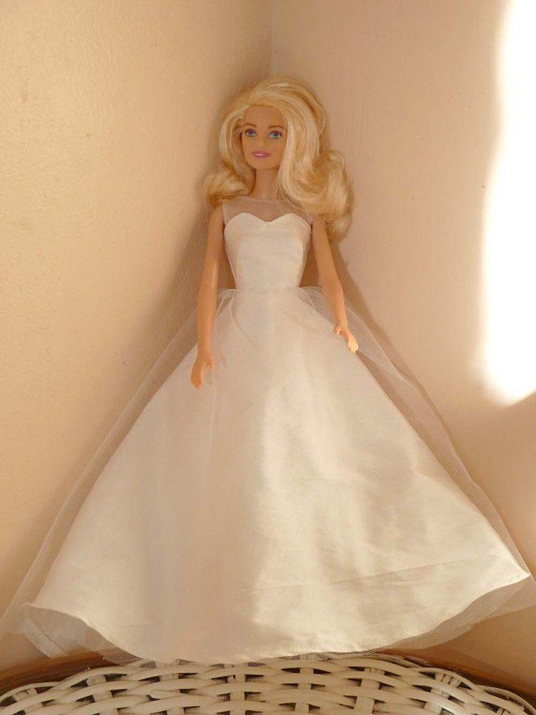robe de mariée bustier soie sauvage et tulle 27€ VENDUE