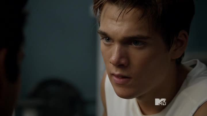Critiques Séries : Teen Wolf. Saison 4. Episode 11. A Promise to the Dead.