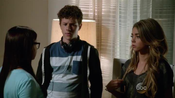 Critiques Séries : Modern Family. Saison 6. Episode 4.
