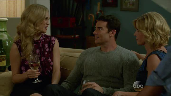 Critiques Séries : Modern Family. Saison 6. Episode 6.