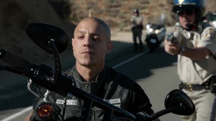 Critiques Séries : Sons of Anarchy. Saison 7. Episode 7. Greensleeves.