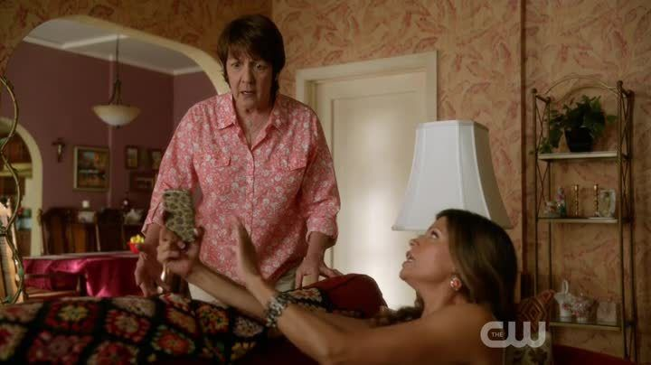Critiques Séries : Jane the Virgin. Saison 1. Episode 3. Chapter Three.