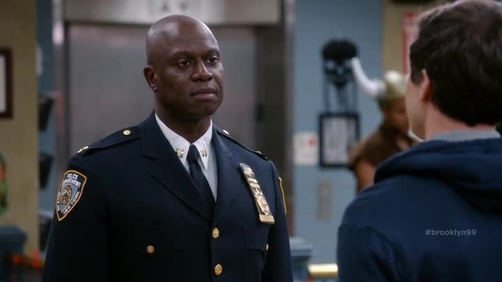 Critiques Séries : Brooklyn Nine-Nine. Saison 2. Episodes 4 et 5.