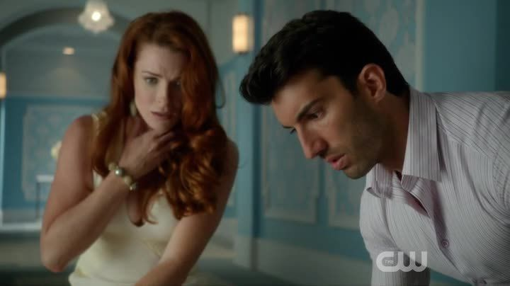 Critiques Séries : Jane the Virgin. Saison 1. Episode 5.