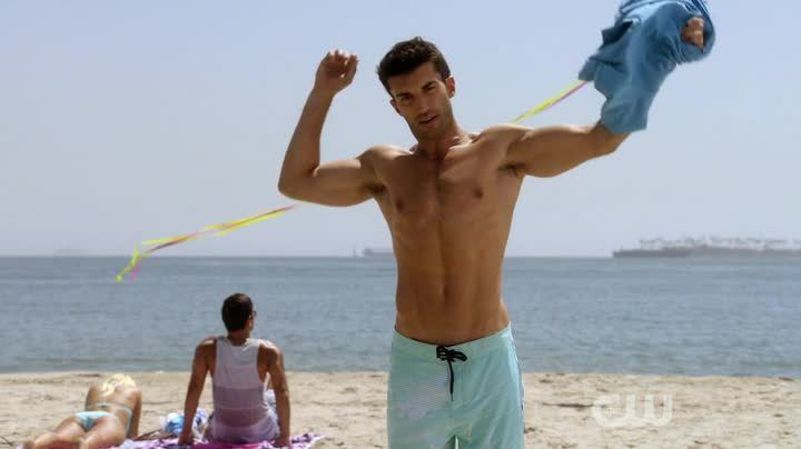 Critiques Séries : Jane the Virgin. Saison 1. Episode 6. Chapter Six.