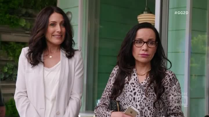 Critiques Séries : Girlfriends' Guide to Divorce. Saison 1. Pilot.