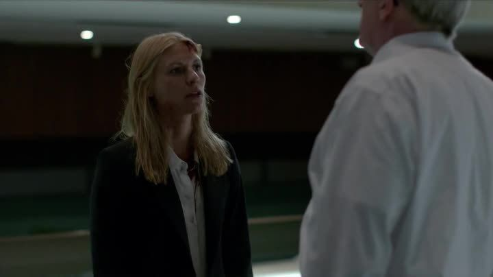 Critiques Séries : Homeland. Saison 4. Episode 10. 13 Hours in Islamabad.