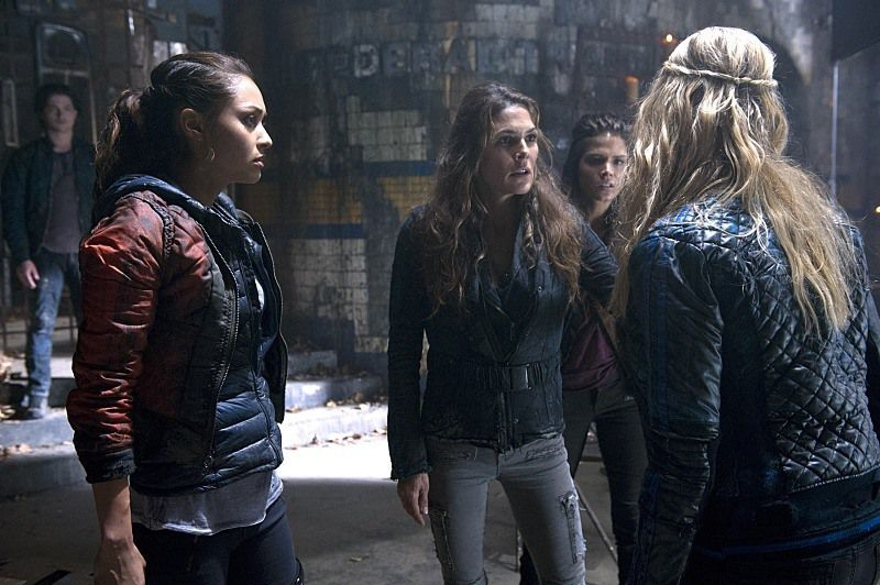 Critiques Séries : The 100. Saison 2. Episode 9. Remember Me.
