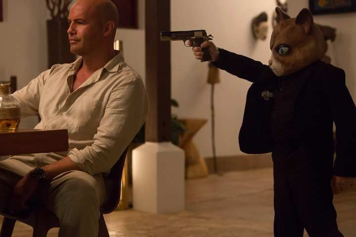 Critiques Séries : Mad Dogs (US). Saison 1. Pilot.