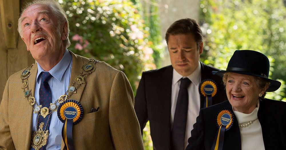 Critiques Séries : The Casual Vacancy. Mini-series. Part 1.