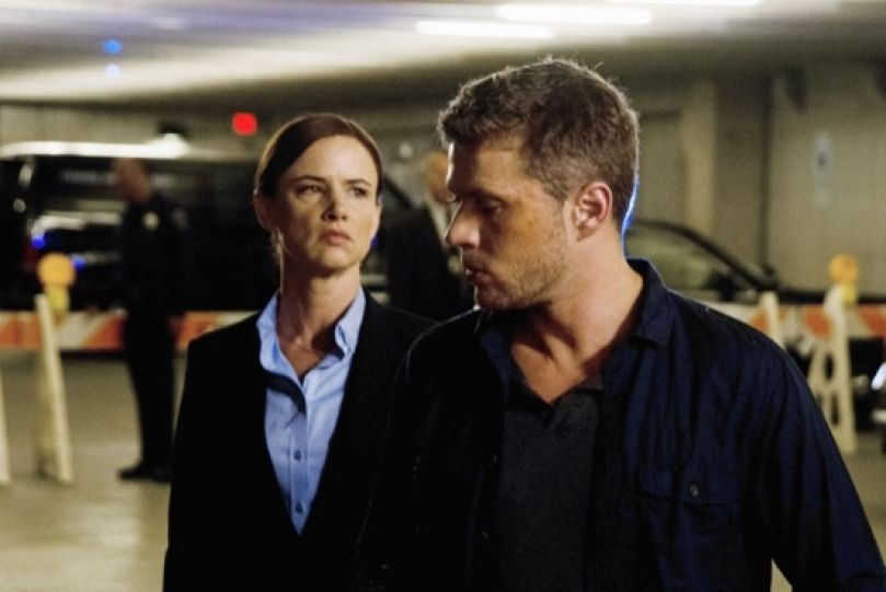 Critiques Séries : Secrets and Lies (US). Saison 1. Episode 6.