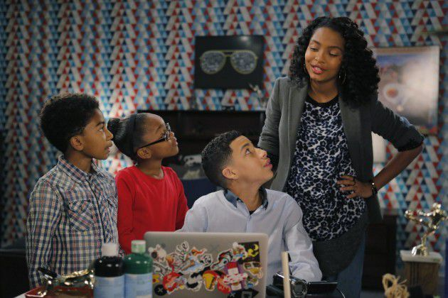 Critiques Séries : Black-Ish. Saison 1. Episode 19. The Real World.