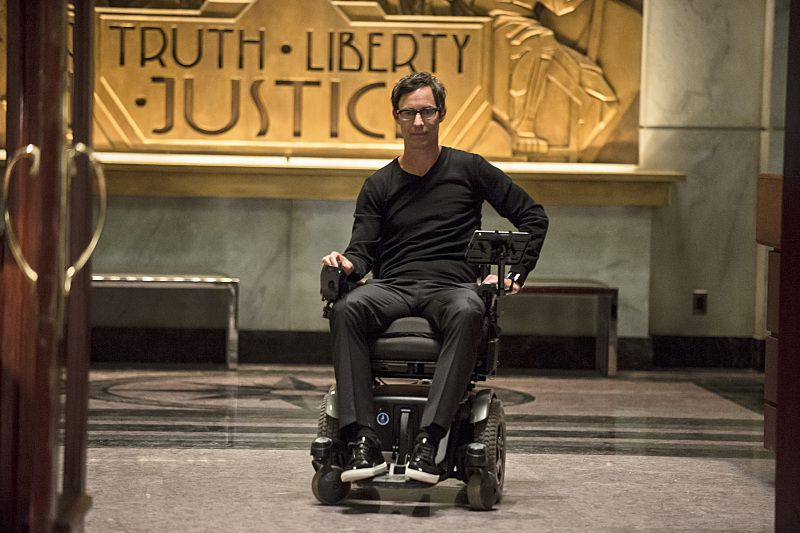 Critiques Séries : The Flash. Saison 1. Episode 19. Who is Harrison Wells ?.