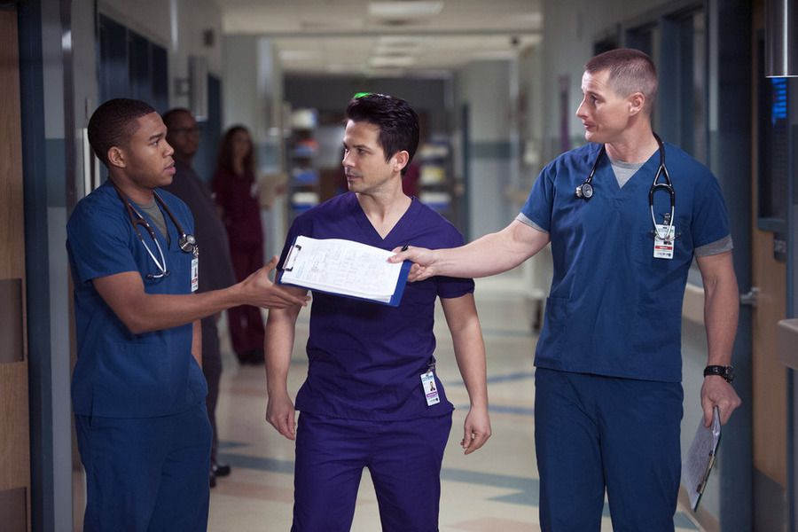 Critiques Séries : The Night Shift. Saison 2. Episodes 3 et 4.