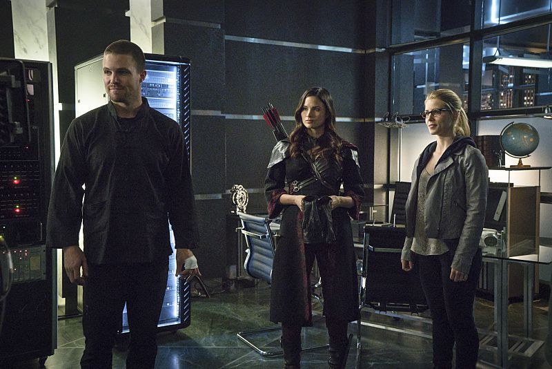 Critiques Séries : Arrow. Saison 3. Episode 23. My Name is Oliver Queen.