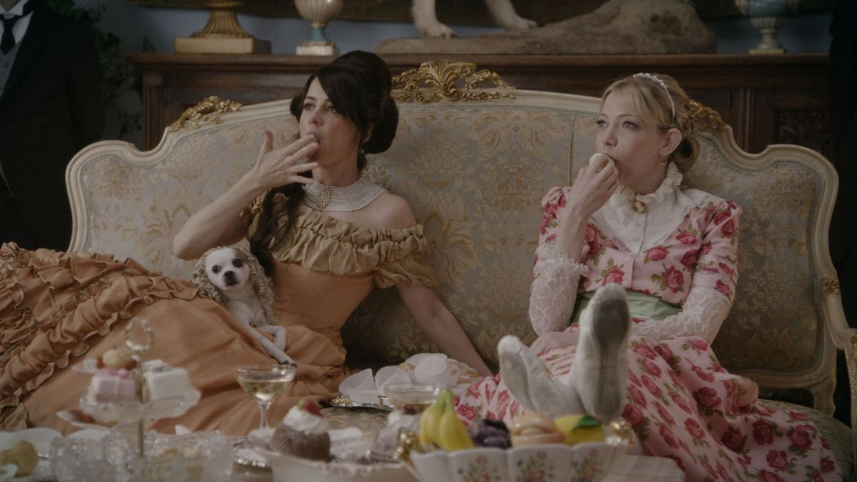 Critiques Séries : Another Period. Saison 1. Pilot.