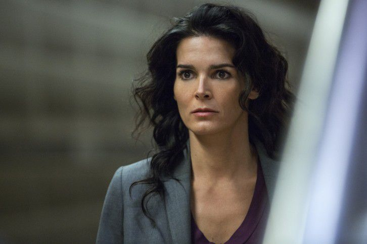 Critiques Séries : Rizzoli &amp&#x3B; Isles. Saison 6. Episode 1. The Platform.