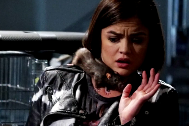 Critiques Séries : Pretty Little Liars. Saison 6. Episode 6.