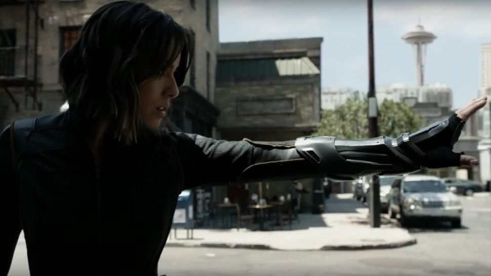 Critiques Séries : Marvel's Agents of S.H.I.E.L.D.. Saison 3. Episode 1.