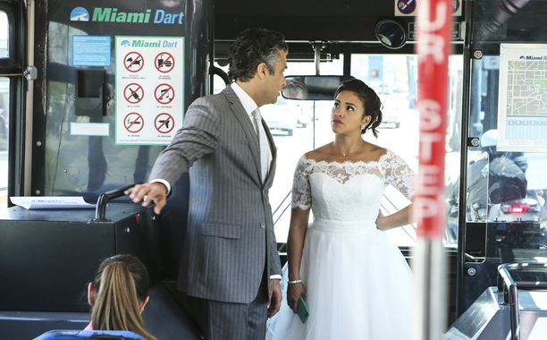 Critiques Séries : Jane the Virgin. Saison 2. Episode 22.
