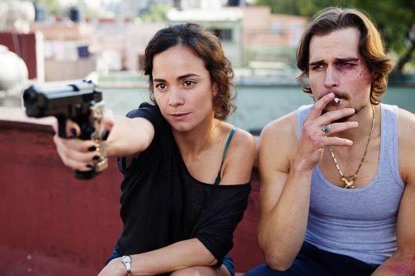 Critiques Séries : Queen of the South. Saison 1. Pilot.