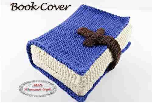 Couverture de livre au crochet