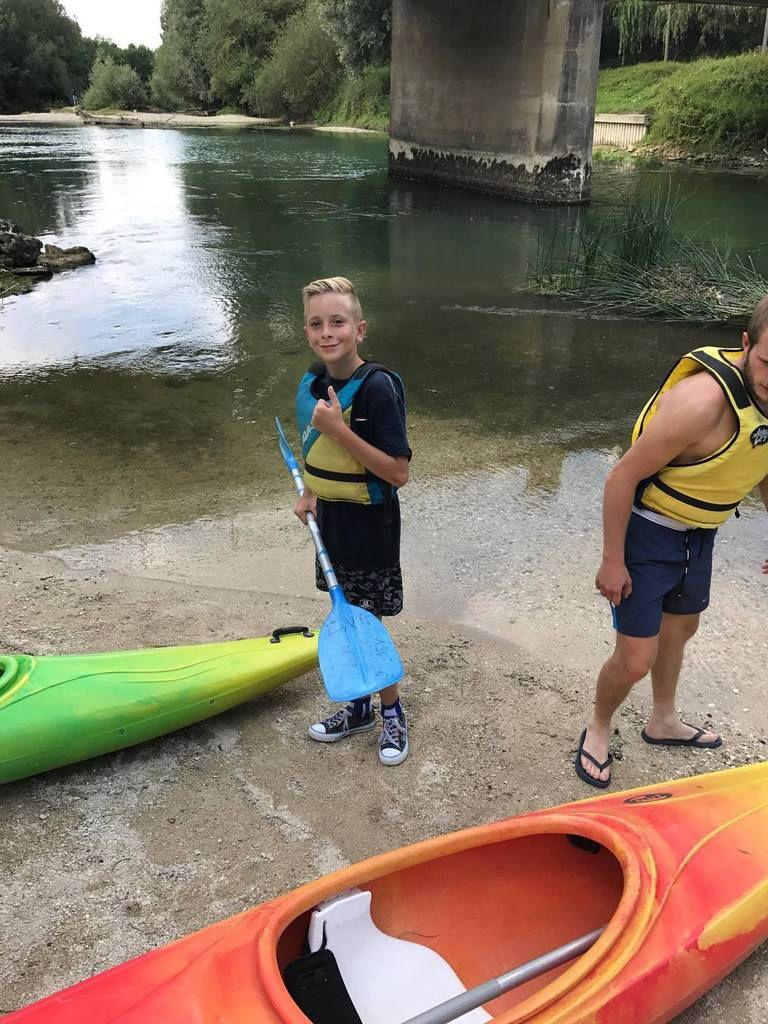 Et voilà enfin des  nouvelles  et photos du séjour kayak