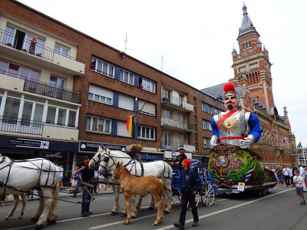 Défilé des Géants - Dunkerque 2015 .