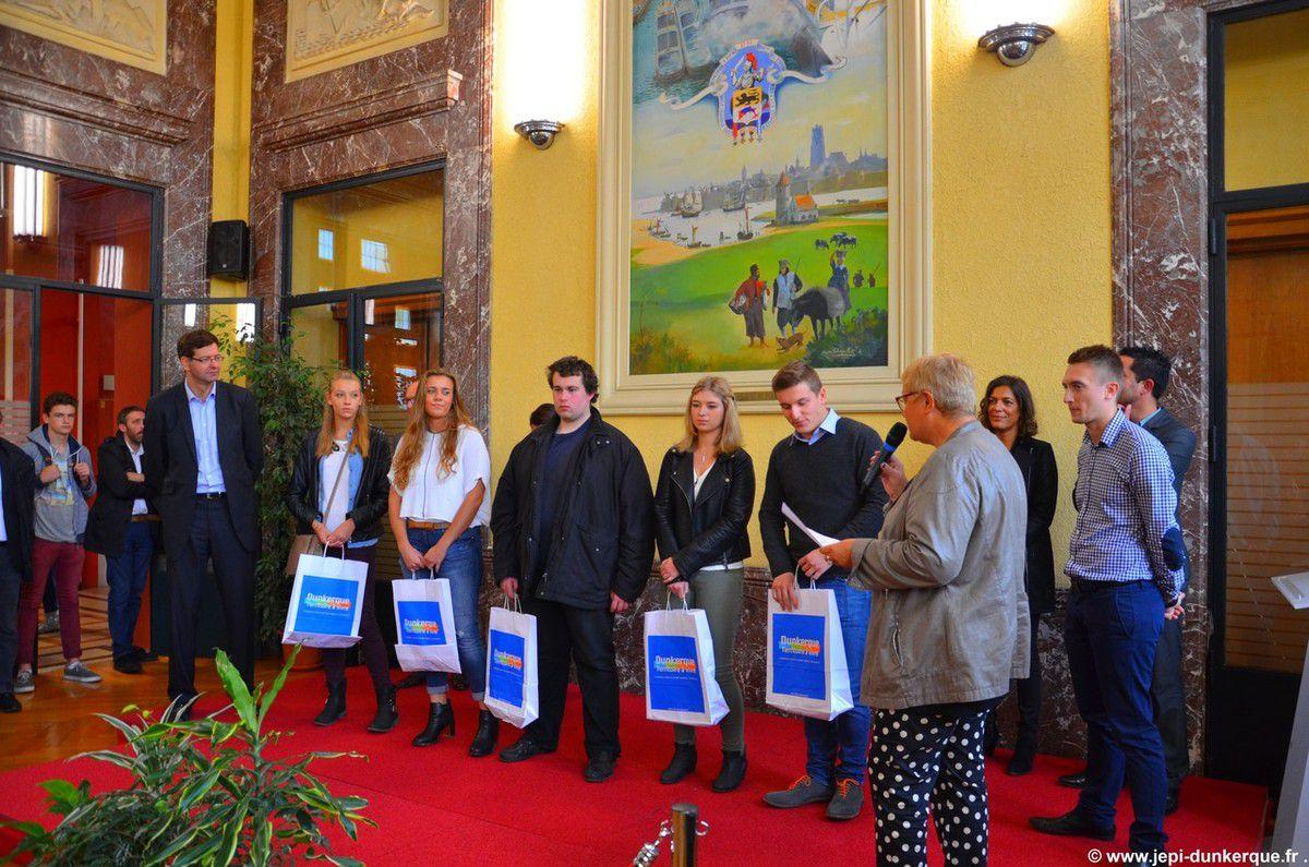 Les Bacheliers Dunkerquois à l'Hôtel de Ville 2015