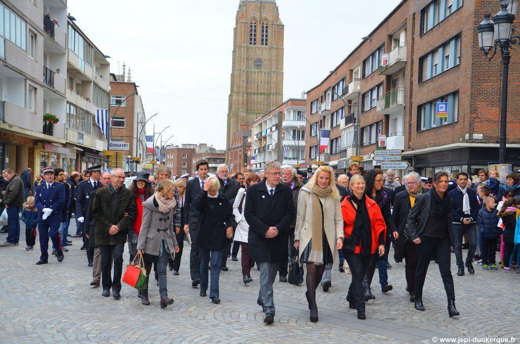 Cérémonie du 11 Novembre - Dunkerque 2015 .