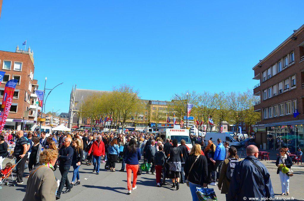 Le marché aux puces du MAPID - Dunkerque 2016 .