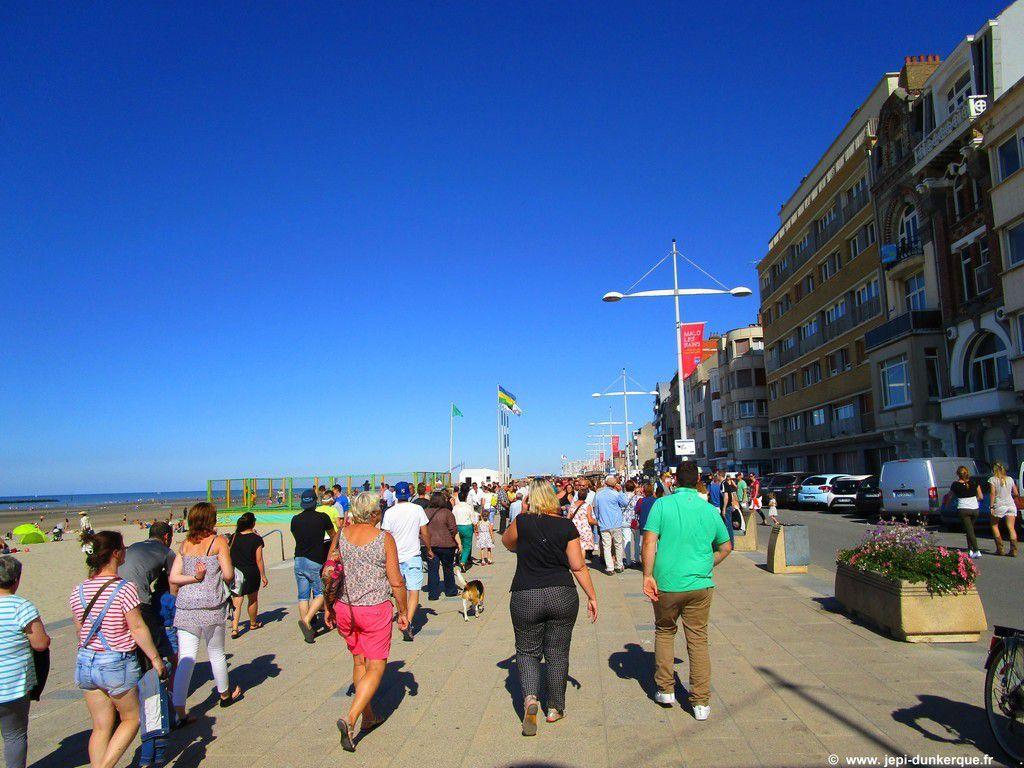 Balade à vélo sur la jetée Est en Juillet -Dunkerque 2016