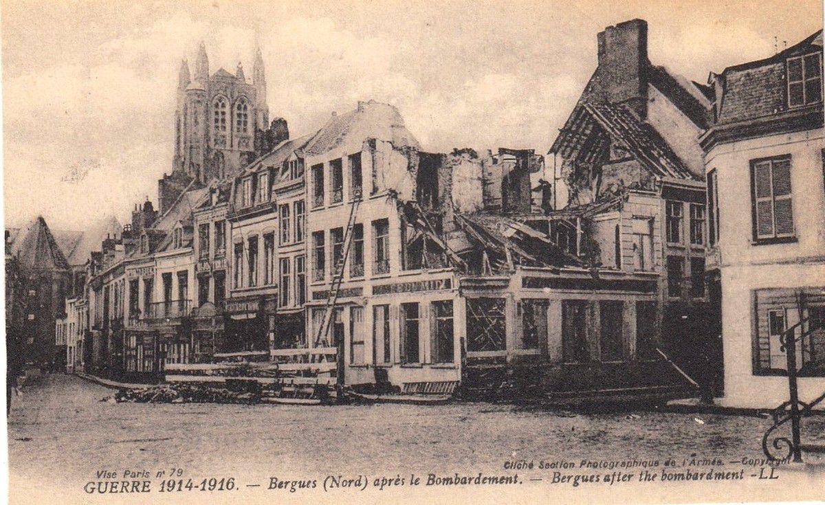(22) Bergues Cartes Postales et Photos Anciennes .