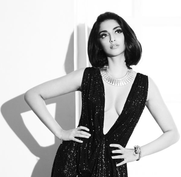 Sonam Kapoor for Notch Magazine (Photos signées Suresh Natarajan).