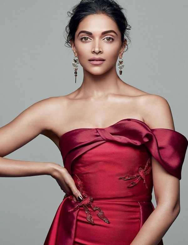 DEEPIKA PADUKONE IN ELLE INDIA DECEMBER 2016