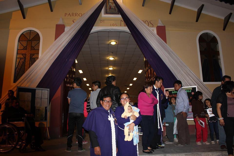 Segundo dia de Novena de Nuestro Santo Patrón Señor de los Milagros Viernes 14 Octubre 2016