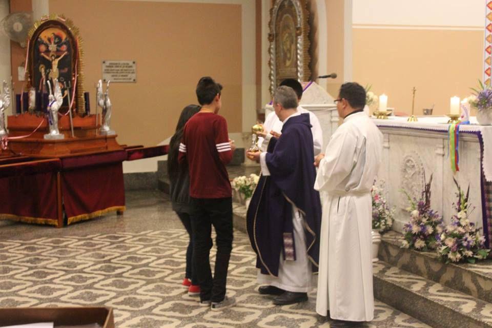 Lunes 17 de Octubre 2016 - 5to día de la novena en Honor a Nuestro Señor de los Milagros